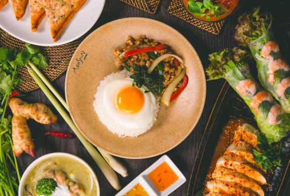モンスーンカフェの鶏肉のガパオ炒めご飯