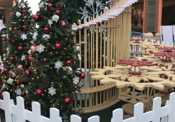 イクスピアリクリスマス木工オルゴール